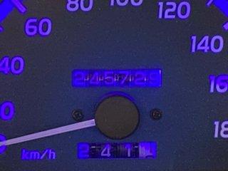 2004 Toyota Hilux KZN165R MY04 SR5 Gold 5 Speed Manual Utility