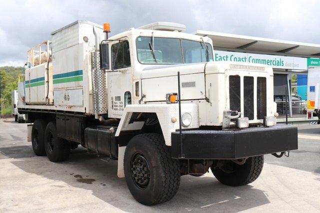 Used International Robina, 1981 International White Automatic Service Body