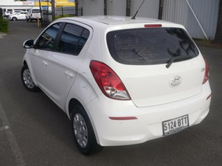 2012 Hyundai i20 PB MY13 Active White 4 Speed Automatic Hatchback.