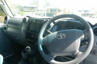 2011 Toyota Landcruiser VDJ79R MY10 GXL White 5 Speed Manual Cab Chassis