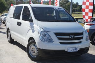2010 Hyundai iLOAD TQ-V Crew Cab White 5 Speed Sports Automatic Van.
