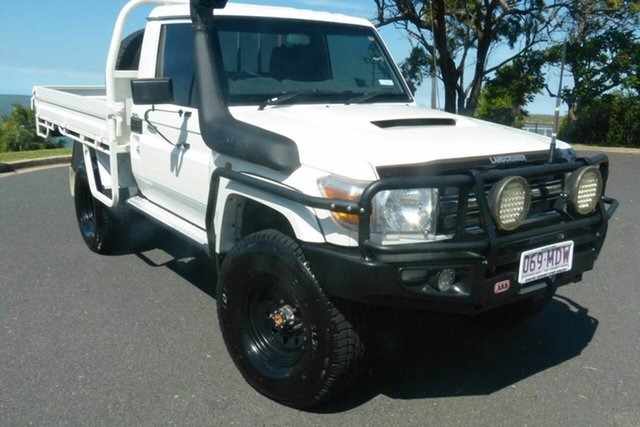 Used Toyota Landcruiser VDJ79R MY10 GXL Gladstone, 2011 Toyota Landcruiser VDJ79R MY10 GXL White 5 Speed Manual Cab Chassis