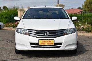 2009 Honda City GM MY09 VTi White 5 Speed Manual Sedan.