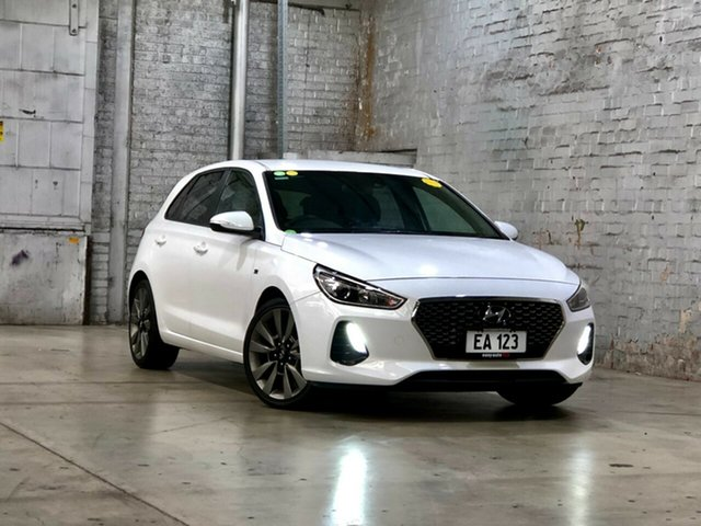Used Hyundai i30 PD MY18 SR D-CT Mile End South, 2017 Hyundai i30 PD MY18 SR D-CT White 7 Speed Sports Automatic Dual Clutch Hatchback