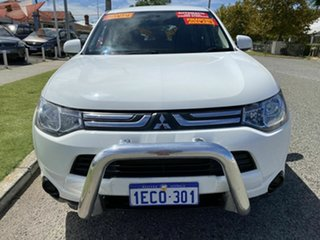 2013 Mitsubishi Outlander ZJ ES (4x4) White Continuous Variable Wagon