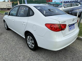 2010 Hyundai Elantra HD SX White 4 Speed Automatic Sedan.