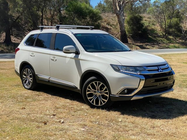 Used Mitsubishi Outlander ZK MY17 LS 2WD Safety Pack Wodonga, 2016 Mitsubishi Outlander ZK MY17 LS 2WD Safety Pack White 6 Speed Constant Variable Wagon