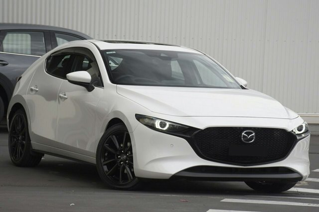 New Mazda 3 BP2HH6 X20 SKYACTIV-MT Astina Wollongong, 2020 Mazda 3 BP2HH6 X20 SKYACTIV-MT Astina Snowflake White Pearl 6 Speed Manual Hatchback