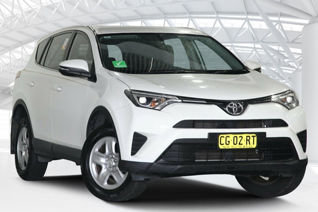 Used Toyota RAV4 ZSA42R MY14 Upgrade GX (2WD) Moorebank, 2015 Toyota RAV4 ZSA42R MY14 Upgrade GX (2WD) Glacier White Continuous Variable Wagon