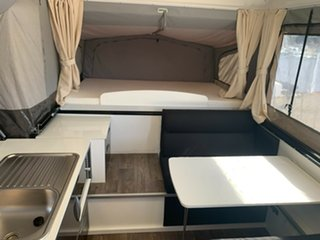 2018 Windsor Windsor Silouette XC421 Caravan