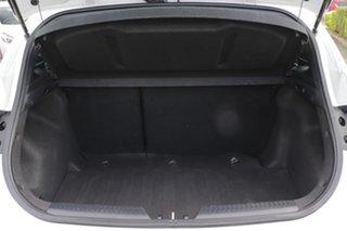 2013 Hyundai i30 GD2 Active Creamy White 6 Speed Sports Automatic Hatchback