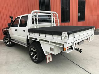 2000 Toyota Hilux KZN165R SR5 White 5 Speed Manual Utility.