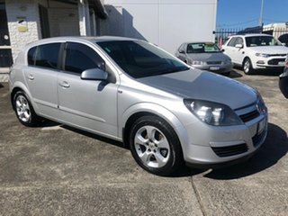 2004 Holden Astra AH CDX Silver 4 Speed Automatic Hatchback.