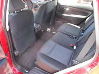 2017 Nissan X-Trail T32 ST Red Automatic Wagon