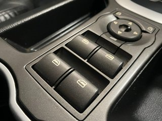 2010 Holden Calais VE MY10 V Black 6 Speed Automatic Sedan