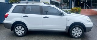 2005 Mitsubishi Outlander ZF LS White 4 Speed Sports Automatic Wagon.
