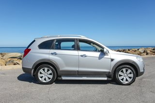 2009 Holden Captiva CG MY09 LX AWD Silver 5 Speed Sports Automatic Wagon.