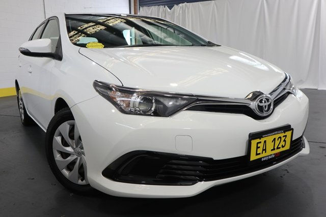 Used Toyota Corolla ZRE182R Ascent S-CVT Castle Hill, 2016 Toyota Corolla ZRE182R Ascent S-CVT White 7 Speed Constant Variable Hatchback