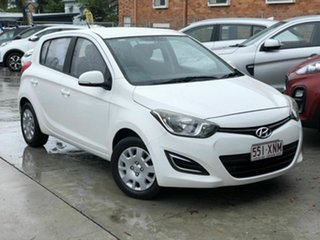 2012 Hyundai i20 PB MY13 Active White 6 Speed Manual Hatchback.