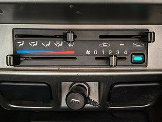 2005 Nissan Navara D22 S2 ST-R Black 5 Speed Manual Utility