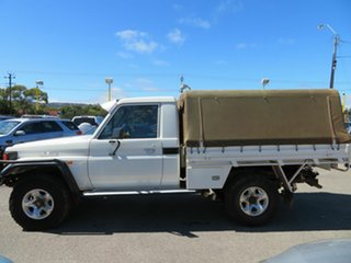 2002 Toyota Landcruiser HZJ79R (4x4) White 5 Speed Manual 4x4 Cab Chassis