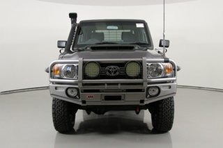 2017 Toyota Landcruiser VDJ79R GXL (4x4) Grey 5 Speed Manual Double Cab Chassis.
