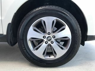 2011 Hyundai Santa Fe CM MY12 Trail White 6 Speed Sports Automatic Wagon