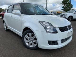 2009 Suzuki Swift EZ 07 Update White 5 Speed Manual Hatchback.