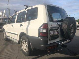 2000 Mitsubishi Pajero NM GLX LWB (4x4) White 5 Speed Auto Sports Mode Wagon