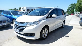 2014 Honda Odyssey RC MY14 VTi White 7 Speed Constant Variable Wagon.