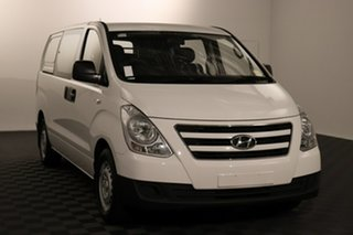 2016 Hyundai iLOAD TQ3-V Series II MY17 Crew Cab White 5 speed Automatic Van.
