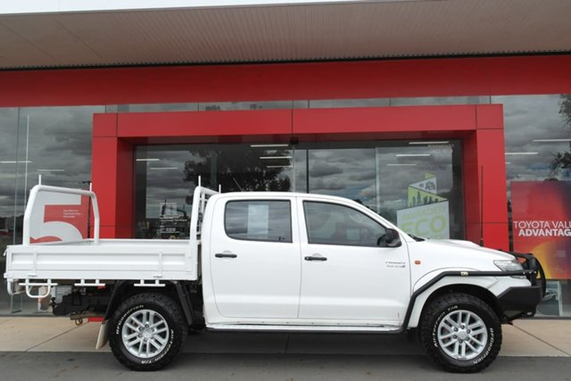 Used Toyota Hilux KUN26R MY14 SR Double Cab Swan Hill, 2014 Toyota Hilux KUN26R MY14 SR Double Cab White 5 Speed Manual Utility