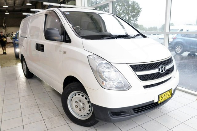 Used Hyundai iLOAD TQ2-V MY13 West Gosford, 2013 Hyundai iLOAD TQ2-V MY13 White 6 Speed Manual Van