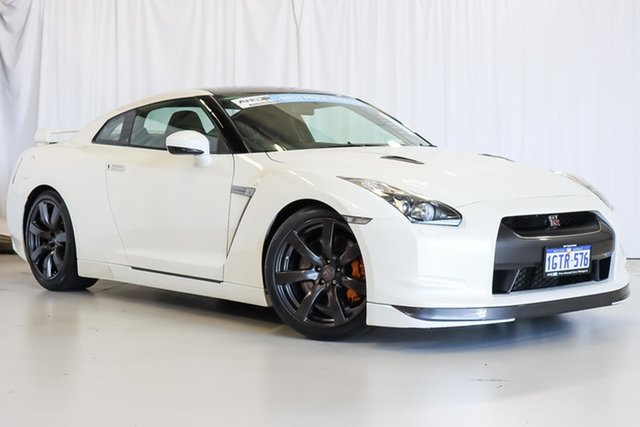 Used Nissan GT-R R35 Premium DCT AWD Wangara, 2010 Nissan GT-R R35 Premium DCT AWD White 6 Speed Sports Automatic Dual Clutch Coupe