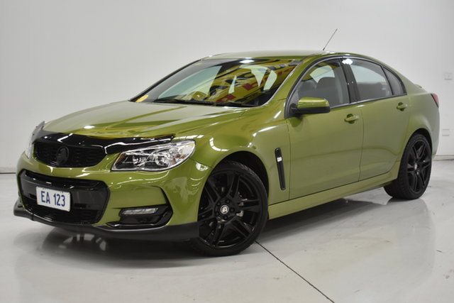 Used Holden Commodore VF II MY16 SV6 Brooklyn, 2016 Holden Commodore VF II MY16 SV6 Green 6 Speed Manual Sedan