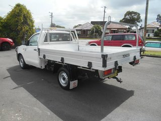 2015 Toyota Hilux TGN16R MY14 Workmate White 4 Speed Automatic Cab Chassis.
