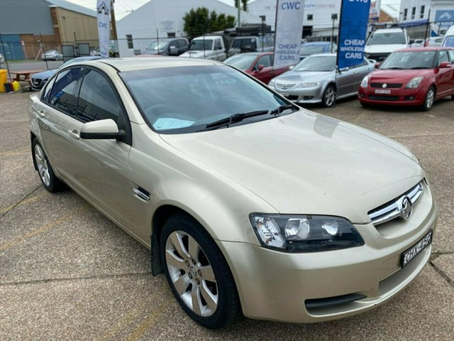 Used Holden Commodore VE Lumina Wickham, 2007 Holden Commodore VE Lumina Gold 4 Speed Automatic Sedan