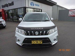2018 Suzuki Vitara LY White Pearl 5 Speed Manual Wagon.