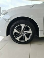 2020 Honda Civic 10th Gen MY20 VTi Platinum White 1 Speed Constant Variable Sedan.