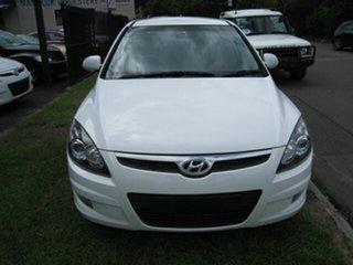 2011 Hyundai i30 FD MY11 SX 1.6 CRDi White 4 Speed Automatic Hatchback.