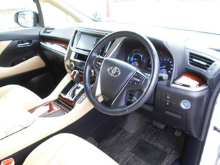 2015 Toyota Alphard Hybrid White 5 Speed Automatic Wagon.