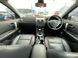 2012 Nissan Dualis J10W Series 3 MY12 Ti-L Hatch 2WD Red 6 Speed Manual Hatchback