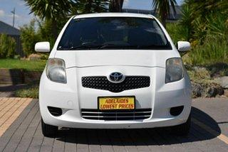2006 Toyota Yaris NCP90R YR White 5 Speed Manual Hatchback.