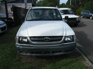 2003 Toyota Hilux 149 Workmate White 5 Speed Manual Cab Chassis.