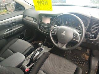 2014 Mitsubishi Outlander ZJ MY14.5 ES 2WD 6 Speed Constant Variable Wagon.