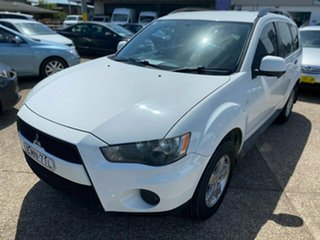 2010 Mitsubishi Outlander ZH MY11 LS White 6 Speed Constant Variable Wagon.