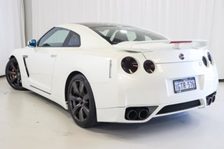 2010 Nissan GT-R R35 Premium DCT AWD White 6 Speed Sports Automatic Dual Clutch Coupe.