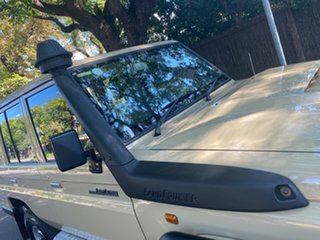 2018 Toyota Landcruiser VDJ76R Workmate Taupe/cloth 5 Speed Manual Wagon