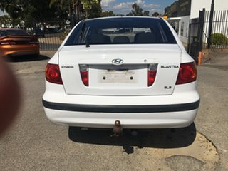 2003 Hyundai Elantra XD GLS White 5 Speed Manual Hatchback