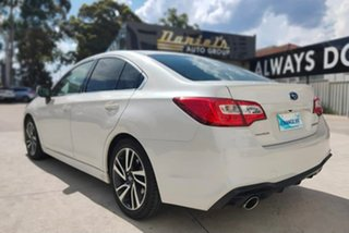 Subaru Liberty 2.5I White Constant Variable Sedan